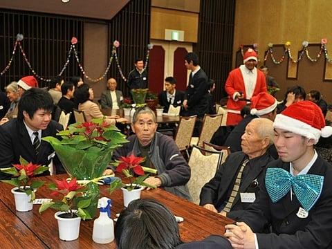 上沼高等学校招待クリスマス会